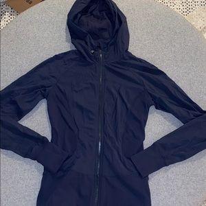 Lululemon in flux jacket in navy size 6